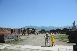 Pompei Forumu Romalılar döneminde kentsel alanların nasıl düzenlendiğini gösteriyor