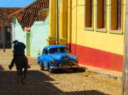Küba-Gürol Emekdaş