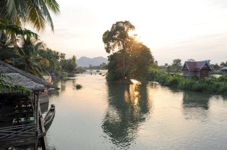 shutterstock_564549826_mekong_laos (Kopyala)